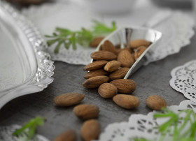 sugared%20almond-01.jpg